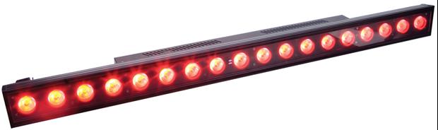 3x18W LED Balken RGB oder RGBW IP65 verfügbar